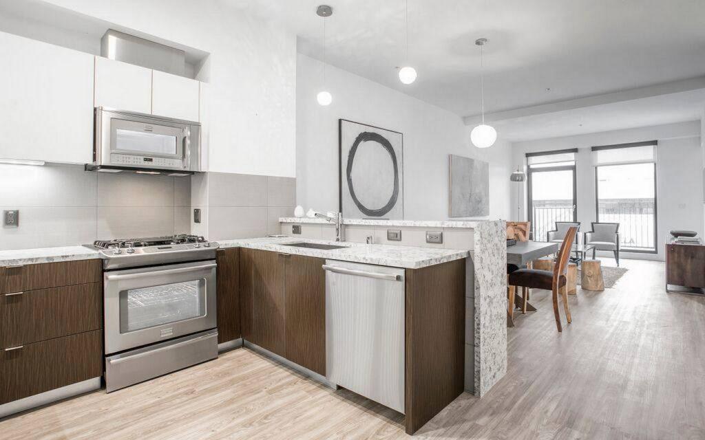 Gayley And Lindbrook Apartments Kitchen